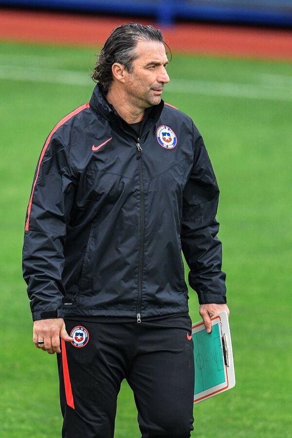 Главный тренер сборной Чили Хуан Антонио Торроха Пицци