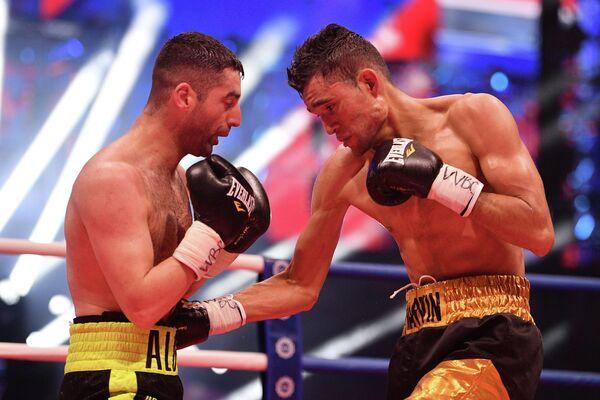 Миша Алоян и Марвин Солано (справа)