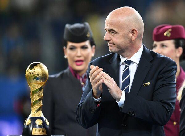 Президент ФИФА Джанни Инфантино во время церемонии награждения победителей Кубка конфедераций