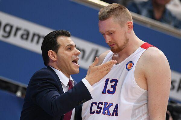 Димитрис Итудис (слева) и Иван Лазарев