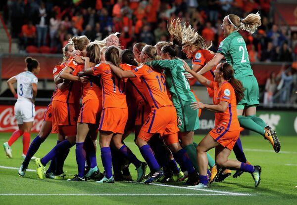 Футболистки сборной Нидерландов
