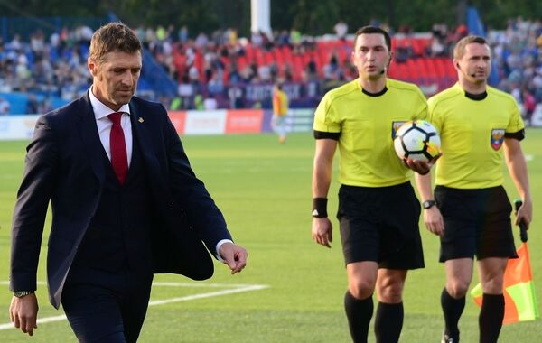 Главный тренер Спартака Массимо Каррера (слева)