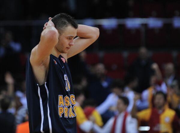 Игрок сборной Литвы Донатас Мотеюнас
