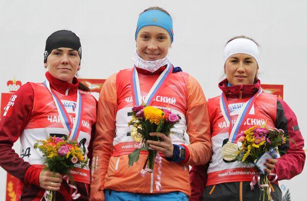 Валентина Телицина, Ульяна Кайшева, Дарья Виролайнен (слева направо)