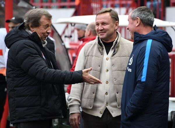 Главный тренер Локомотива Юрий Семин и главный тренер Динамо Юрий Калитвинцев (слева направо)