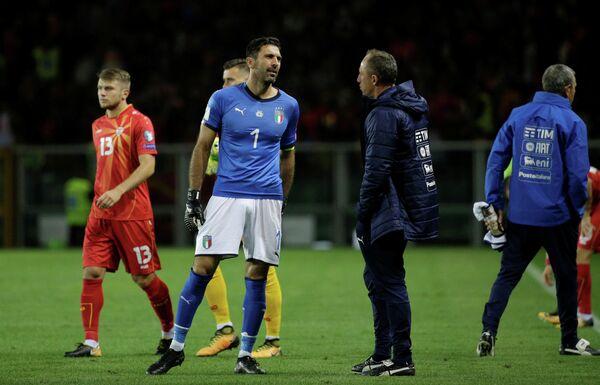Вратарь сборной Италии по футболу Джанлуиджи Буффон (№1)