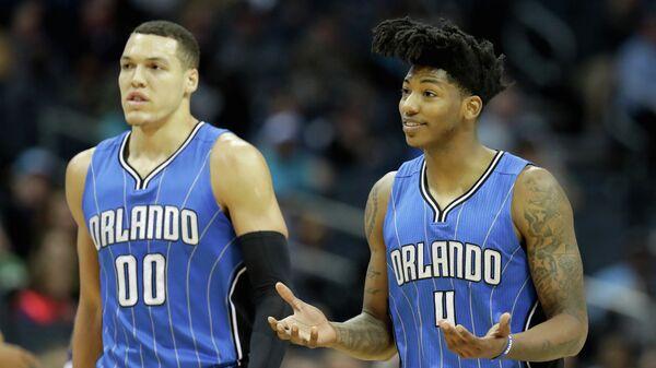 Баскетболисты Орландо Мэджик Аарон Гордон (слева) и Элфрид Пейтон