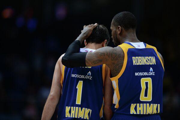 Баскетболисты Химок Алексей Швед и Томас Робинсон (слева направо)