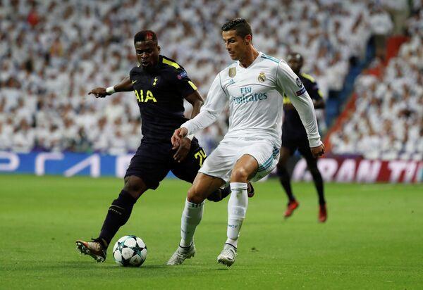 Игровой момент матча Реал - Тоттенхэм