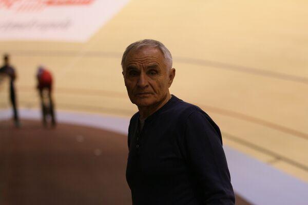 Тренер сборной России по велоспорту на треке Александр Кузнецов