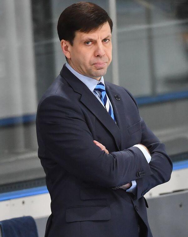 Главный тренер Сибири Павел Зубов