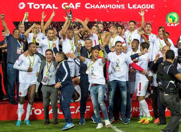 Футболисты и тренерский штаб марокканского Видада
