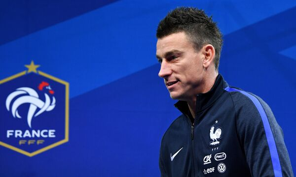 Защитник сборной Франции Лоран Косельни