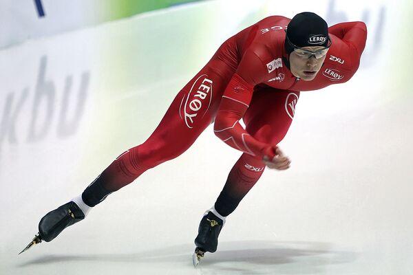 Норвежский конькобежец Ховард Лорентцен