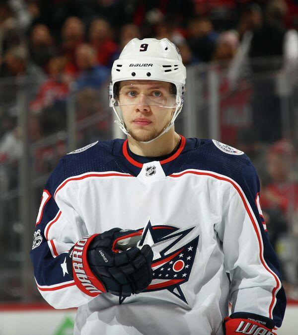 Нападающий клуба НХЛ Коламбус Блю Джекетс Артемий Панарин