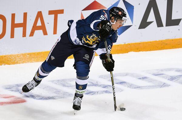 Защитник сборной Финляндии по хоккею Миика Койвисто