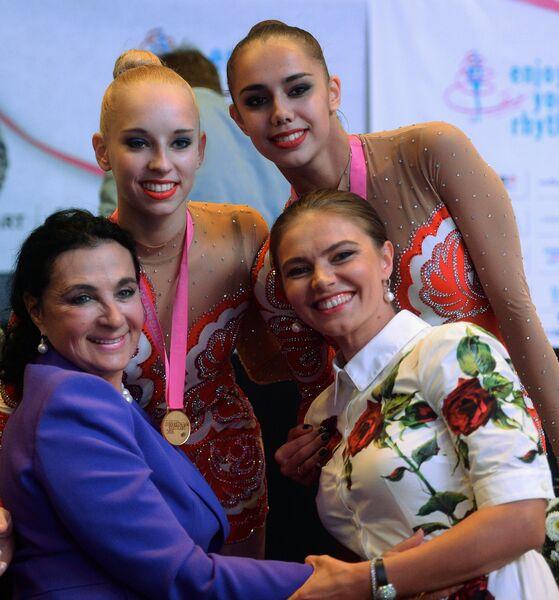 Алина Кабаева, Маргарита Мамун, Яна Кудрявцева и Ирина Винер-Усманова (справа налево)