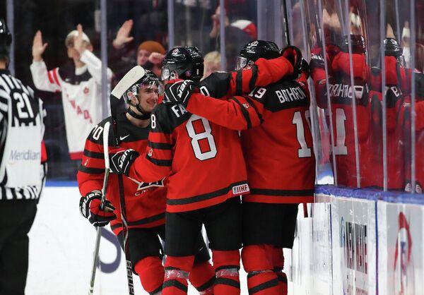Хоккеисты молодежной сборной Канады (до 20 лет)