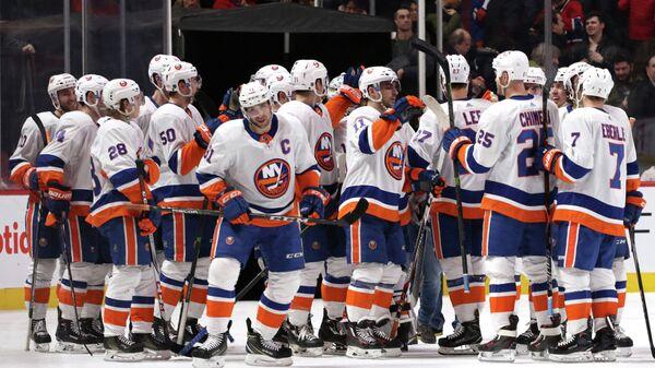 Хоккеисты Нью-Йорк Айлендерс
