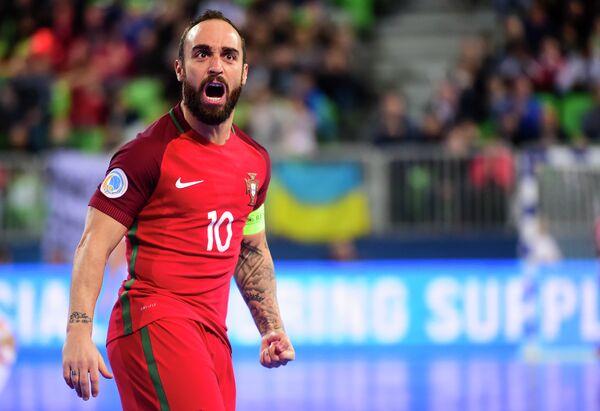 Капитан сборной Португалии по мини-футболу Рикардинью
