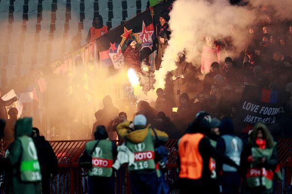Болельщики ПФК ЦСКА во время матча 1/16 финала Лиги Европы