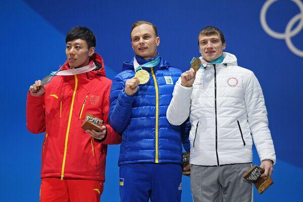 Цзя Цзунъян, Александр Абраменко, Илья Буров (слева направо)