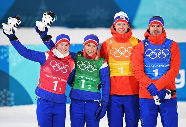 Норвежские биатлонисты Марте Олсбю, Тириль Экхофф, Йоханнес Тиннес Бё и Эмиль Хегле Свендсен (слева направо)