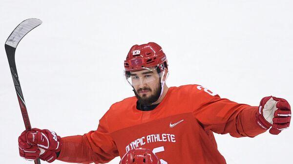 СМИ: НХЛ вновь дисквалифицирует российского защитника Вячеслава Войнова