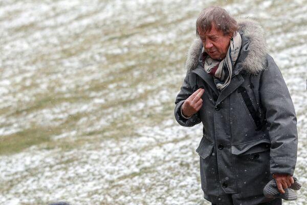 Главный тренер Локомотива Юрий Семин