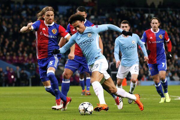 Игровой момент матча Манчестер Сити - Базель
