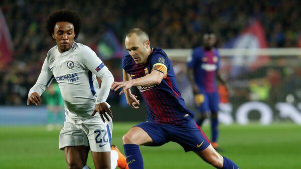 Игровой момент матча Барселона - Челси