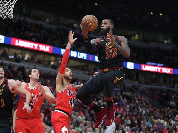 Форвард клуба НБА Кливленд Кавальерс Леброн Джеймс (№23)