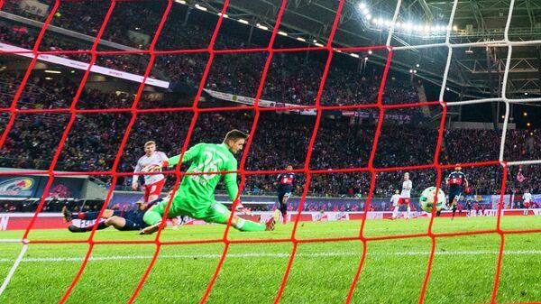 Игровой момент матча чемпионата Германии Лейпциг - Бавария
