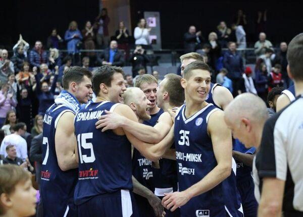 Баскетболисты клуба Цмоки-Минск