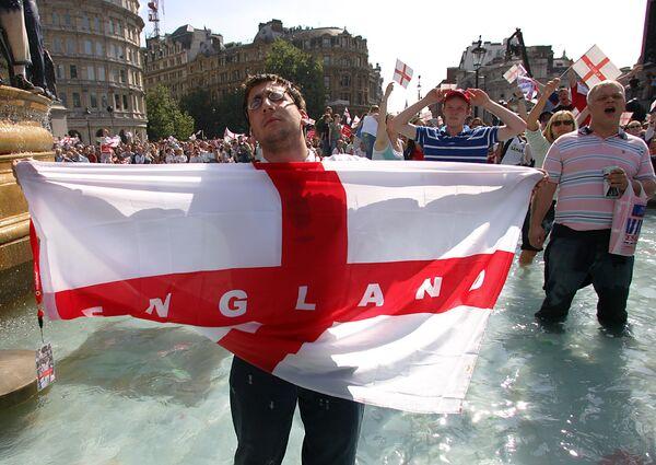 Болельщик сборной Англии по футболу