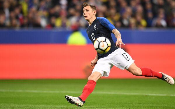 Защитник Барселоны и сборной Франции Люка Динь