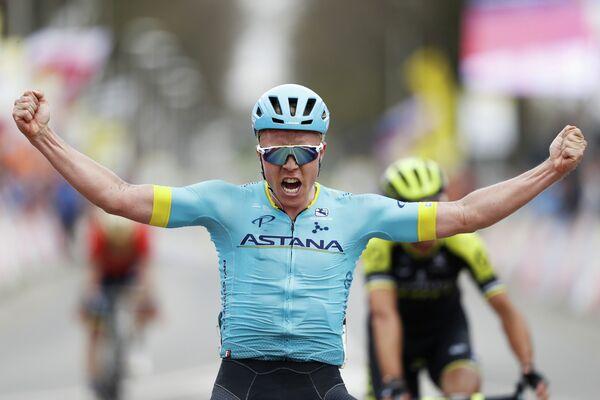 Датский велогонщик Михаэль Вальгрен из команды Астана