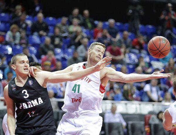 Игровой момент матча Единой лиги ВТБ Локомотив-Кубань - Парма