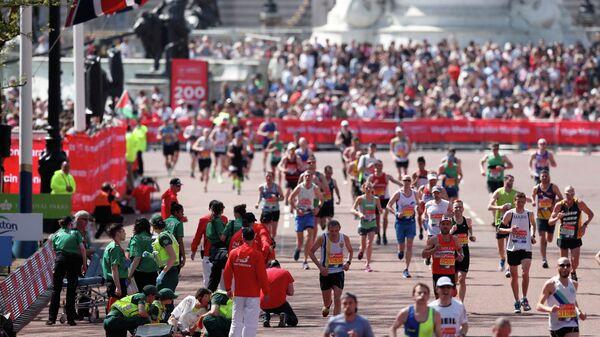 Участники лондонского марафона