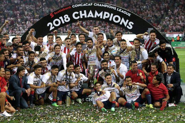 Футболисты мексиканской Гвадалахары