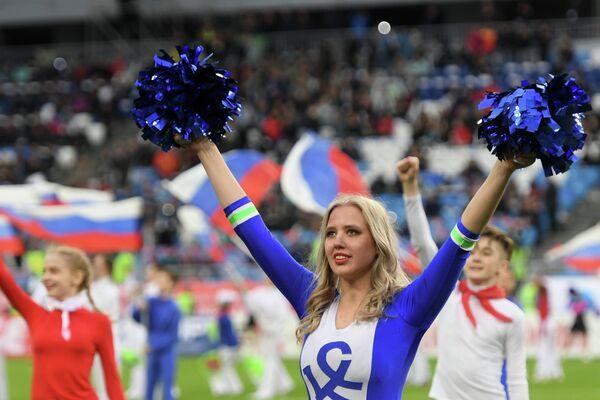 Девушки из группы поддержки ФК Крылья Советов