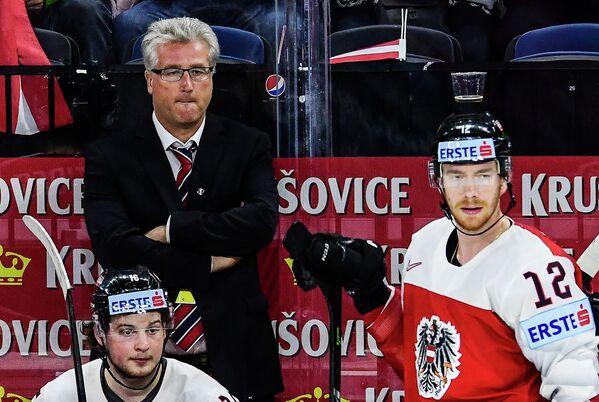 Главный тренер сборной Австрии Роджер Бадер