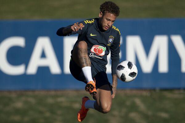 Нападающий сборной Бразилии Неймар