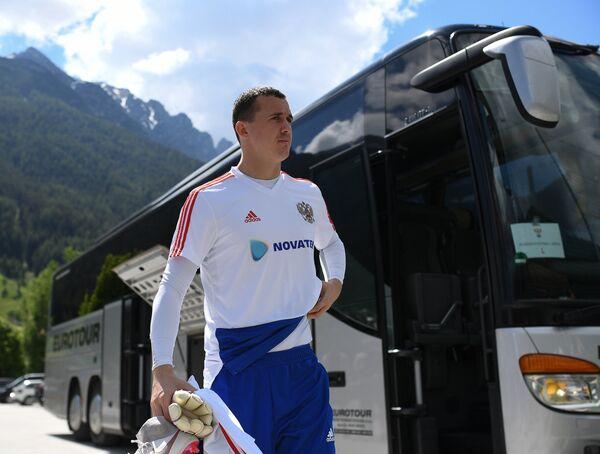 Вратарь сборной России по футболу Андрей Лунёв