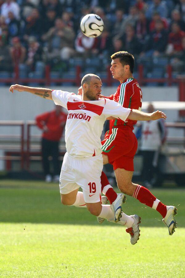 Фернандо Кавенаги (слева)