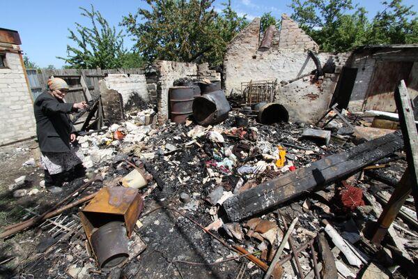 Разрушенный дом в Донбассе. Архивное фото