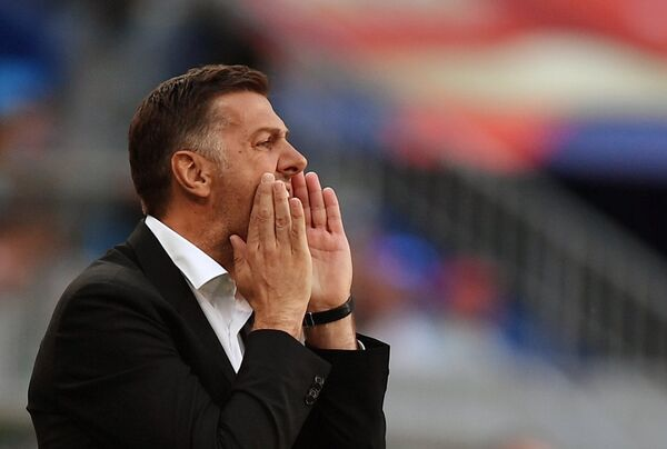 Главный тренер сборной Сербии Младен Крстаич
