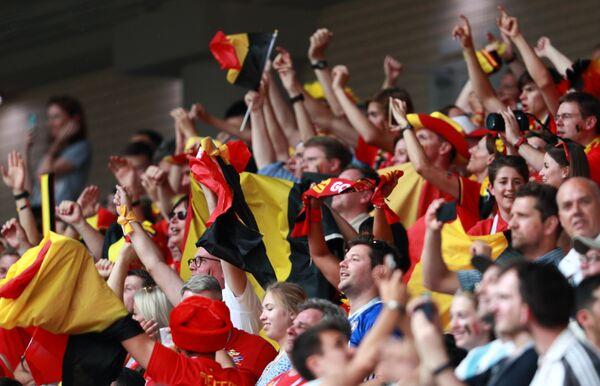 Болельщики во время матча Бельгия - Тунис