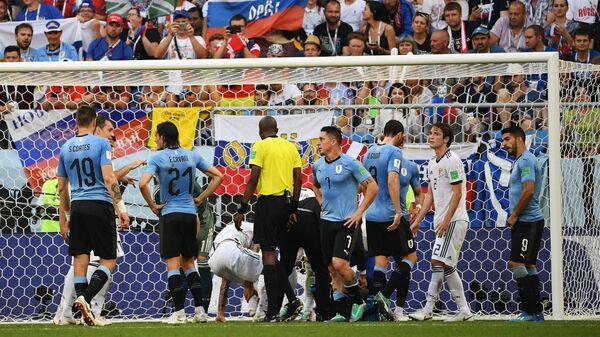 Игровой момент матча
