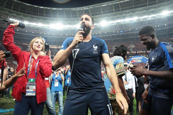 Защитник сборной Франции Адиль Рами